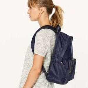NWT Lululemon Everywhere Backpack Navy Blue